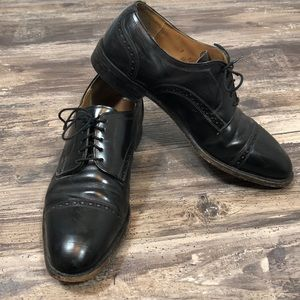 Johnston & Murphy Limited Shoes. Size 9